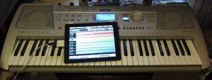 crump-garageband-squier1-300x200 Download Garageband for Android mobile